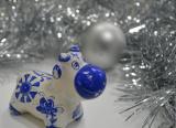 Праздничная программа «Новогоднее приключение гжельского бычка»